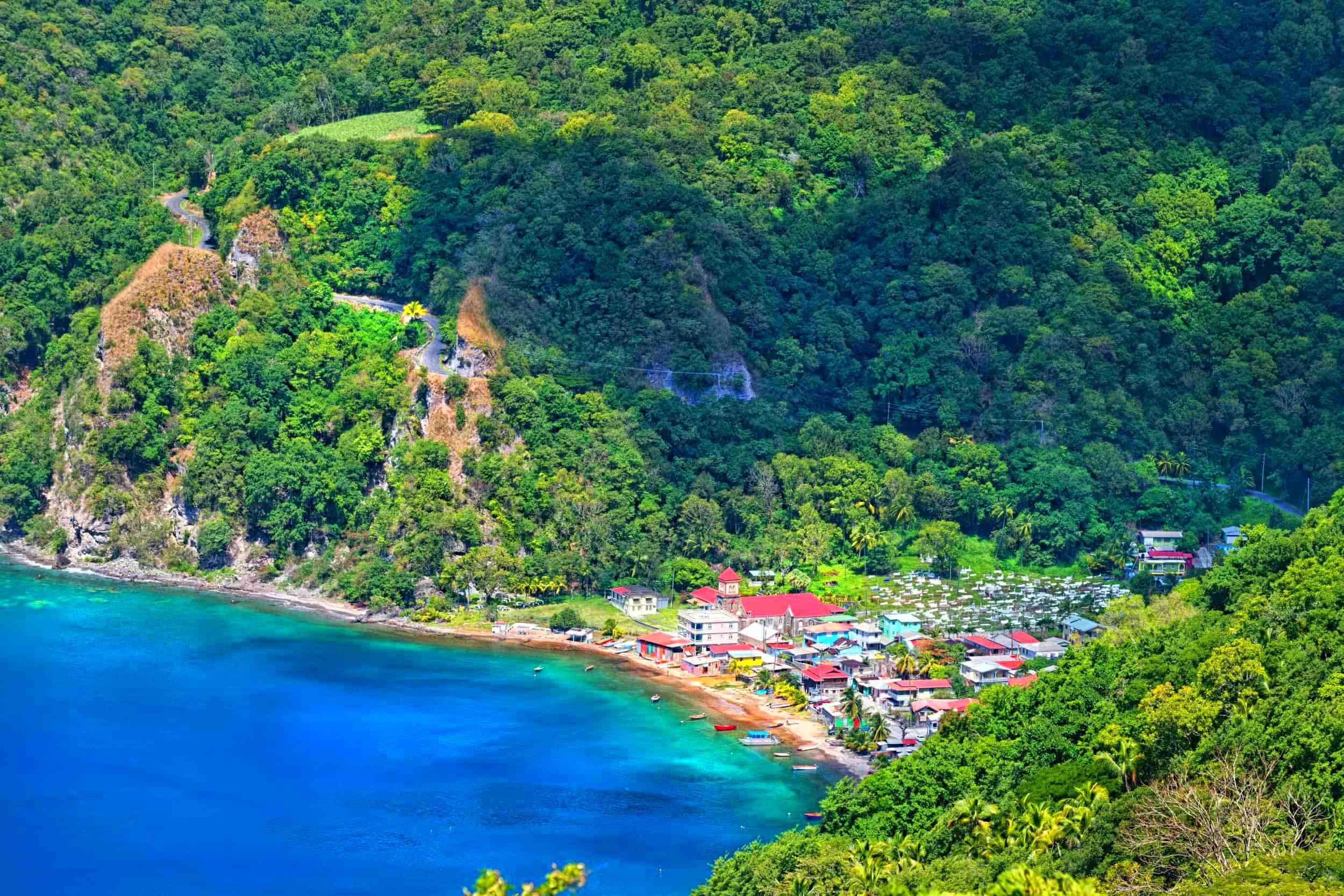 Dominica_med (2)