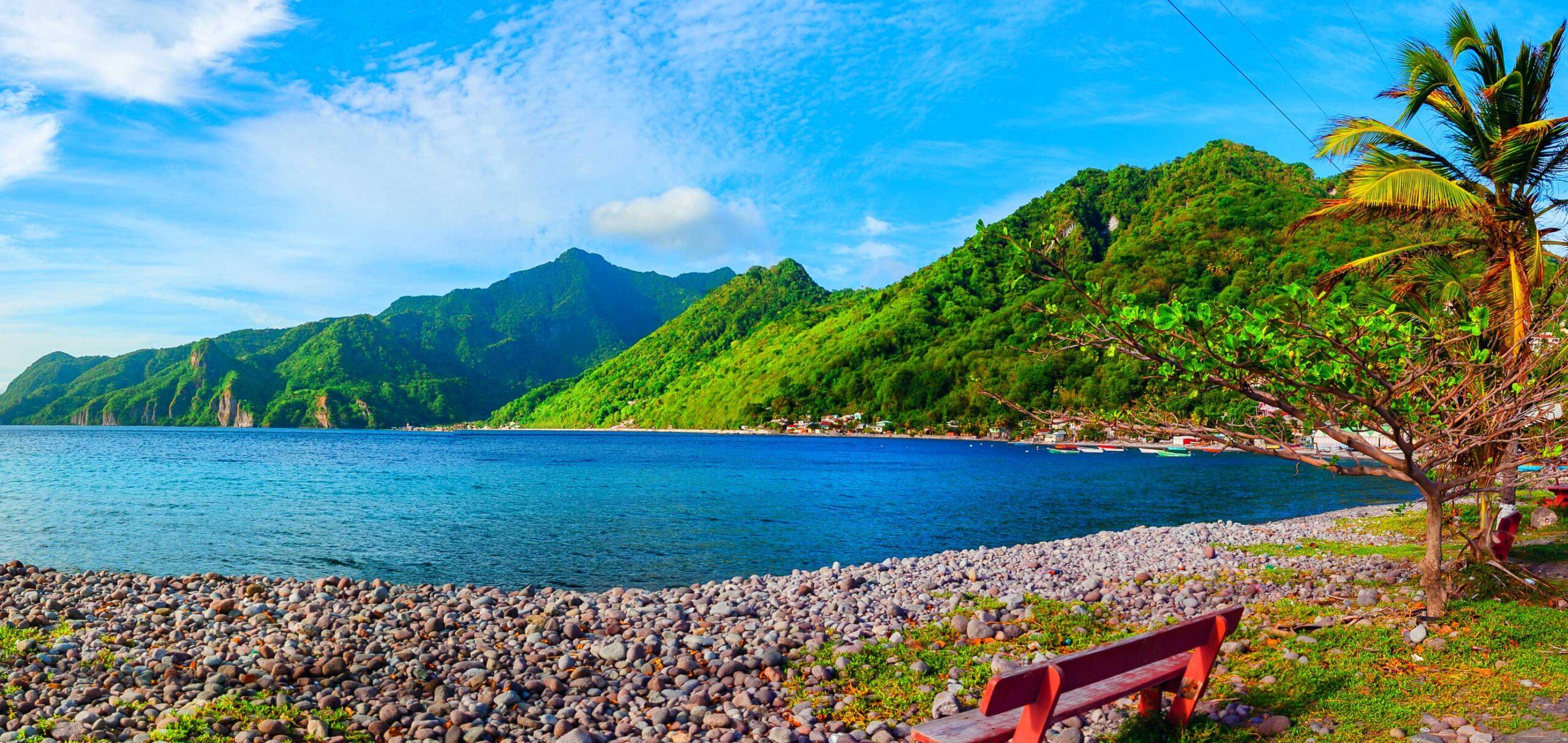 Dominica_med (6)